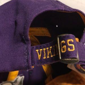 f8f86a6de02 Reebok Accessories - Minnesota Vikings Purple Football Dad Hat Cap Mens